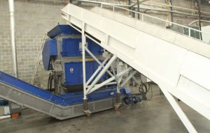 Plástico Moderno, Equipamentos para reciclagem - Exigências ambientais favorecem a expansão de máquinas modernas